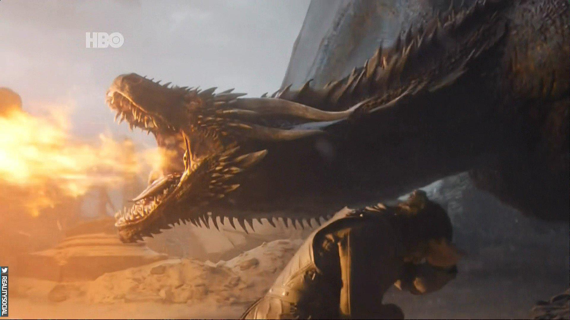D6 XERCW4AAAtNE - Final de Game of Thrones: lágrimas, despedidas e memes...