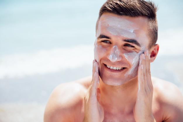 protetordesol - Cuidados com o sol, não vá a praia ou piscina sem eles!